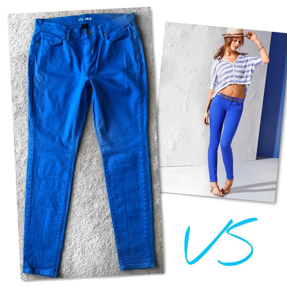 Victoria's Secret Denim - Victoria's Secret VS MIDI COLORED JEANS SZ 10